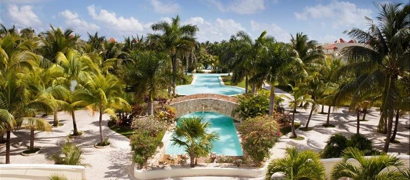 Free Destination Weddings at El Dorado Royale