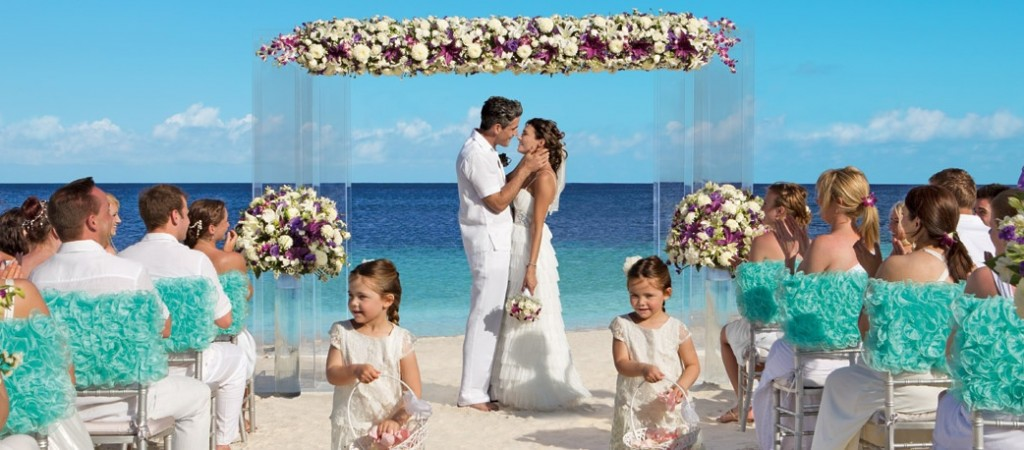 Free Destination Weddings for Families